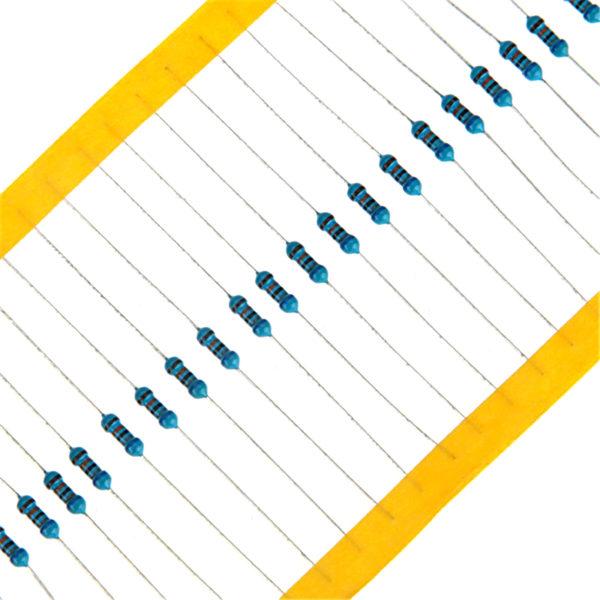 Набор резисторов 600 шт. (30 номиналов по 20 штук)