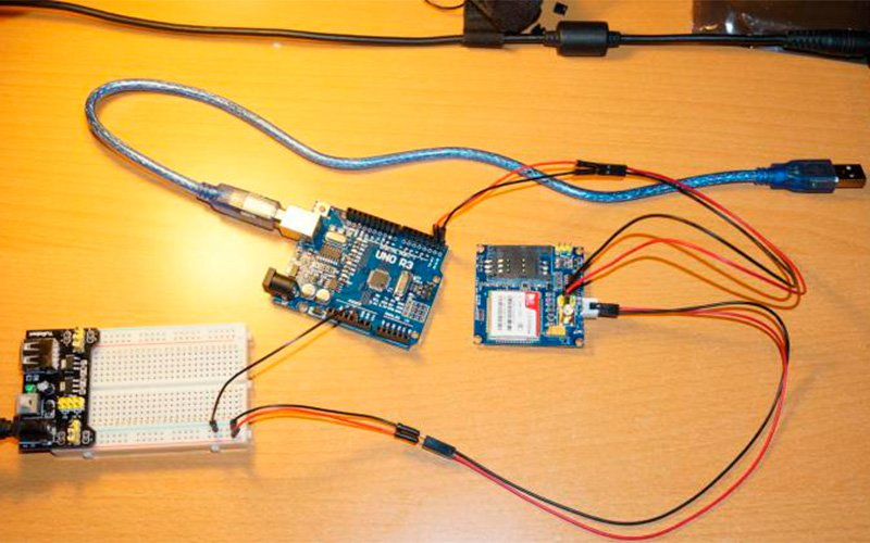 Arduino и GSM-модуль SIM900A. Как прошить и заставить работать?