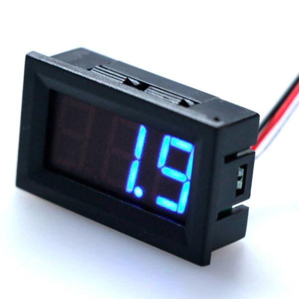 Цифровой трехпроводной вольтметр 0 - 100 В