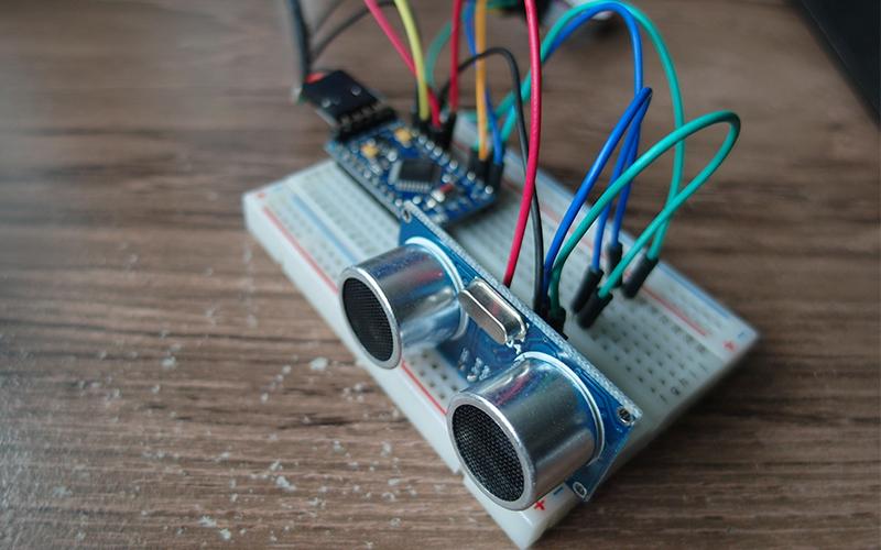 HC-SR04 и Arduino - схема подключения