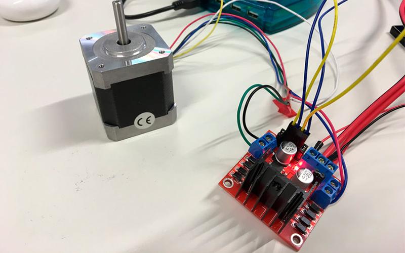 Драйвер L298N и Arduino - схема подключения